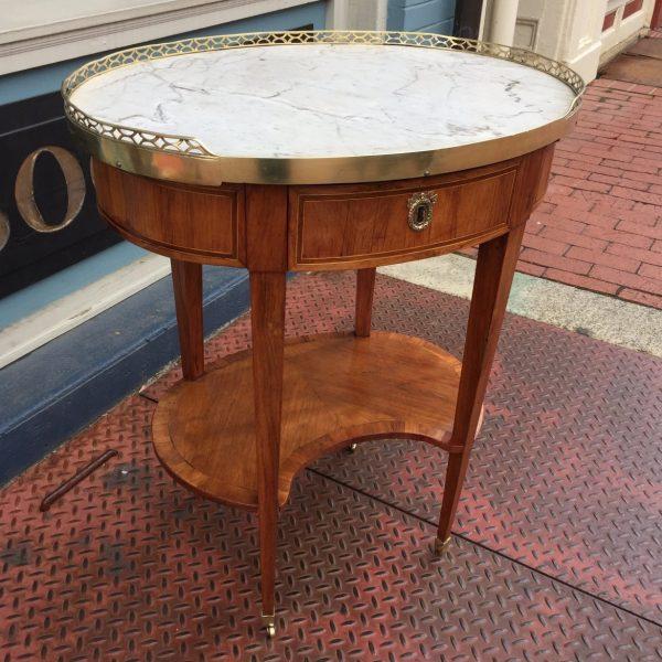 Louis XVI Table en Chiffonniere