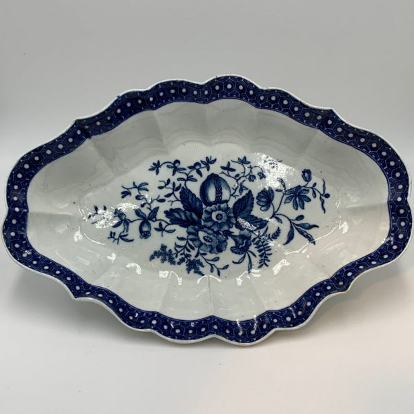 Worcester Blue and White Porcelain Dessert Dish