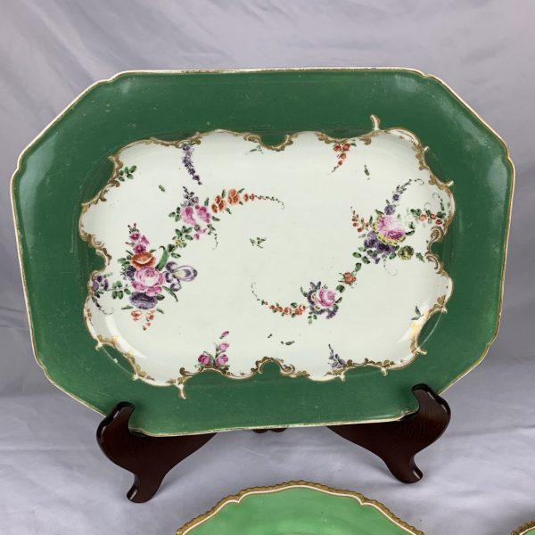 Worcester Porcelain Marchioness of Huntley Pattern Platter