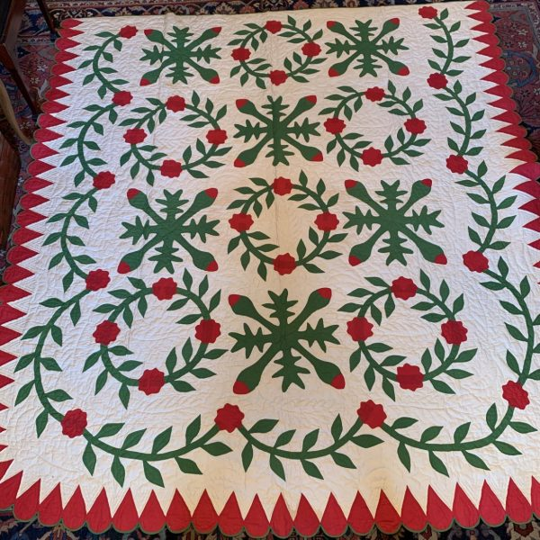 """""""Rose Wreath"""" Applique Quilt"""