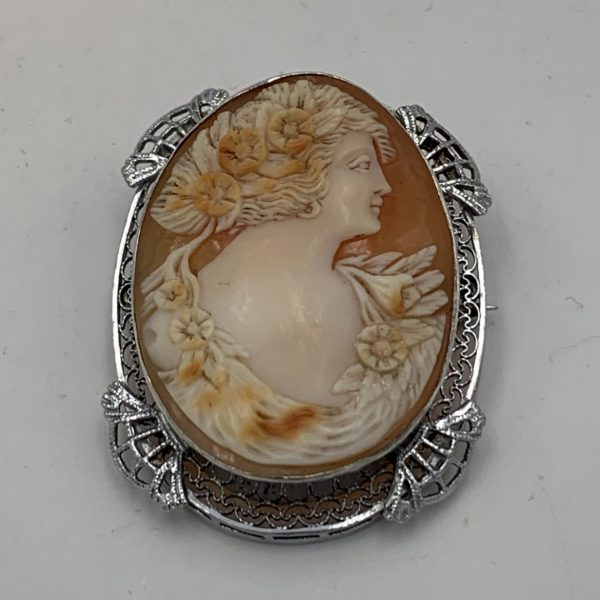 A Finely Carved Cameo in Silver Filigree
