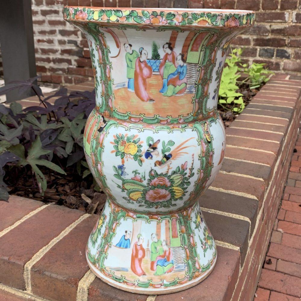 Large Rose Medallion Vase [Ku or Gu]